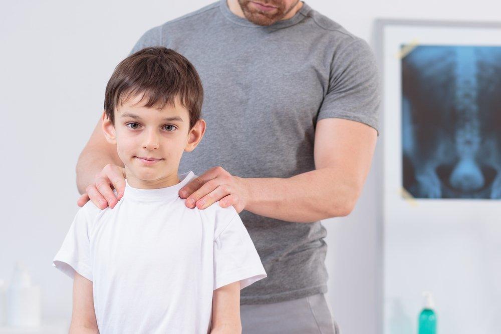 Идиопатический сколиоз: инфантильный, грудной, степени искривления позвоночника, юношеский сколиоз у детей